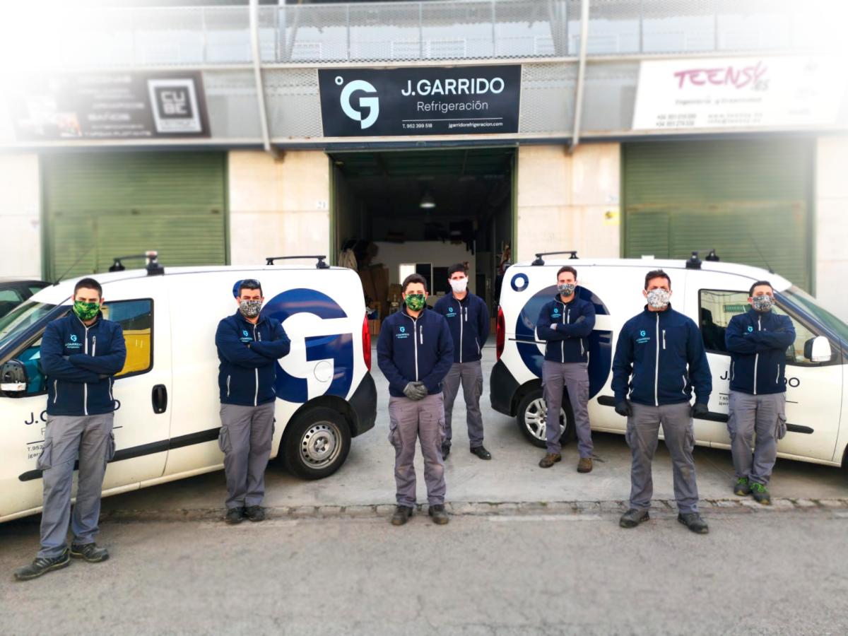 Equipo de J Garrido Refrigeración debidamente protegido